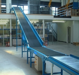 flat belt conveyor with roller end