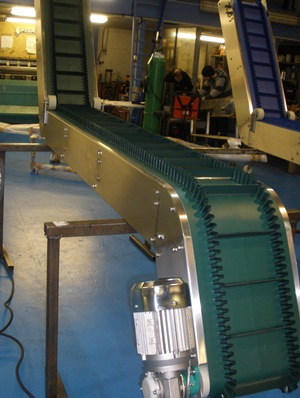 Swan Neck Conveyors with feeder hopper