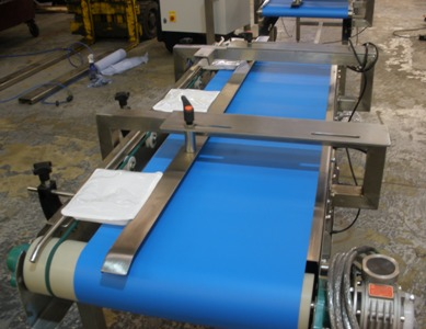 product transfer conveyor