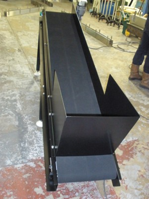 Black Painted Mild Steel Belt Conveyor