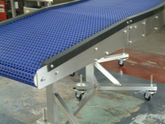 Light weight small conveyor with modular belt