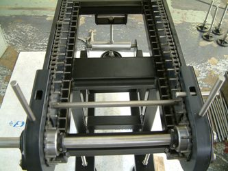tube handling conveyor